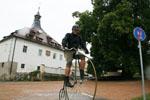 http://bicycleclub.zbraslav.info/fotogalerie/2012_karlstejn/fulikovi/pict_49_min.jpg